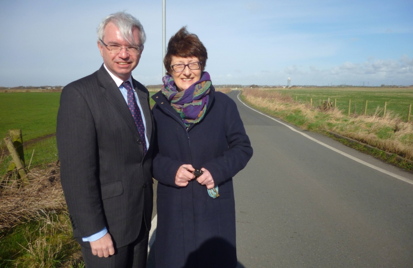 Mark Menzies MP and Coun Sandra Pitman on the Moss Road